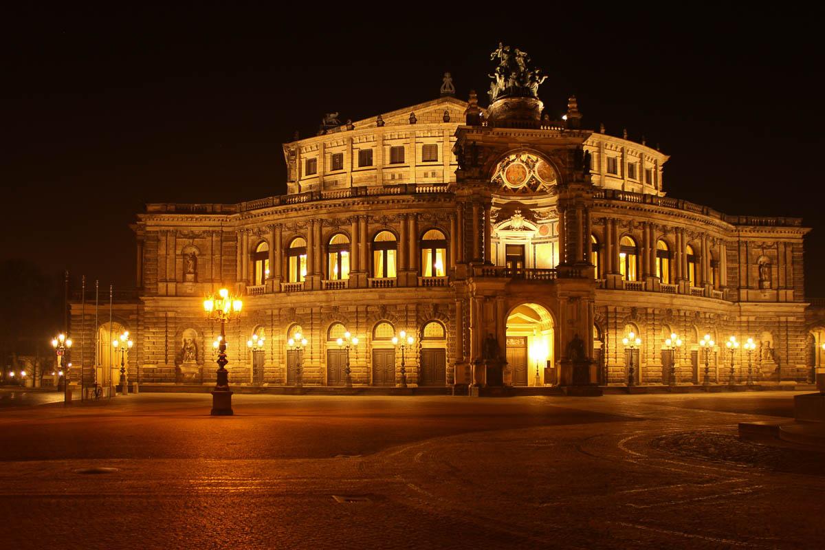 Die Semperoper in Dresden